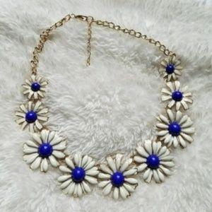 Jewelry - NAVY BLUE Flower Boho Daisy Statement Necklace